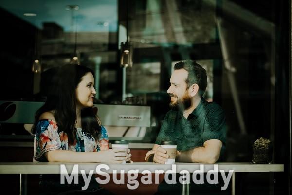 3 aktive Zuhör-Tipps, die dich zu einem erfolgreichen Sugar Baby machen